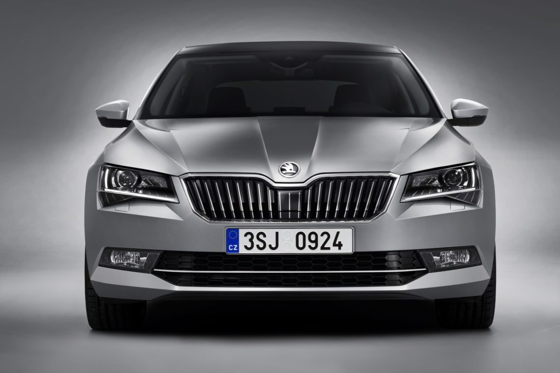 skoda superb 2015 mit allradantrieb. Black Bedroom Furniture Sets. Home Design Ideas
