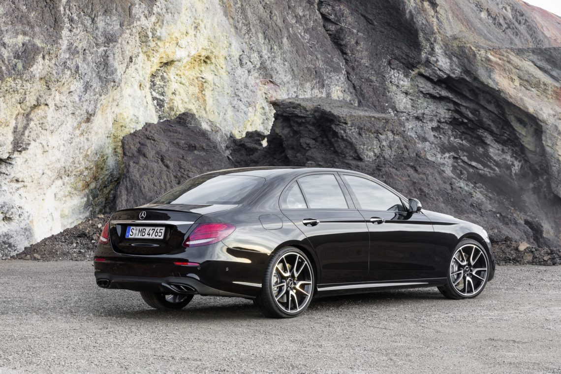 mercedes amg c 43 4matic coup mit v6 biturbo. Black Bedroom Furniture Sets. Home Design Ideas