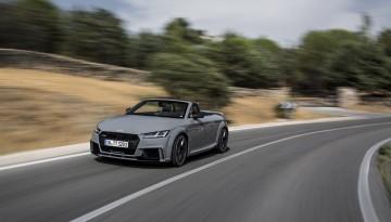 Aud den Audi TT Roadster gibt es als RS