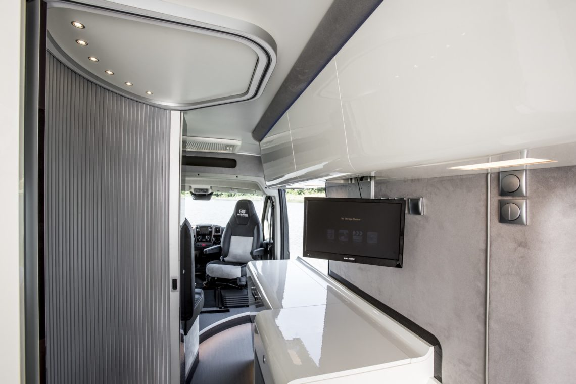 fiat ducato 4x4 expedition. Black Bedroom Furniture Sets. Home Design Ideas