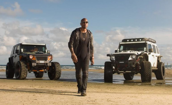 """Voltron Motors Rebel Jeep von """"Fast and the Furious"""" Star Tyrese Gibbson"""