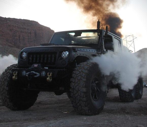Jeep Wrangler Unlimited 6×6 Loco Hauk