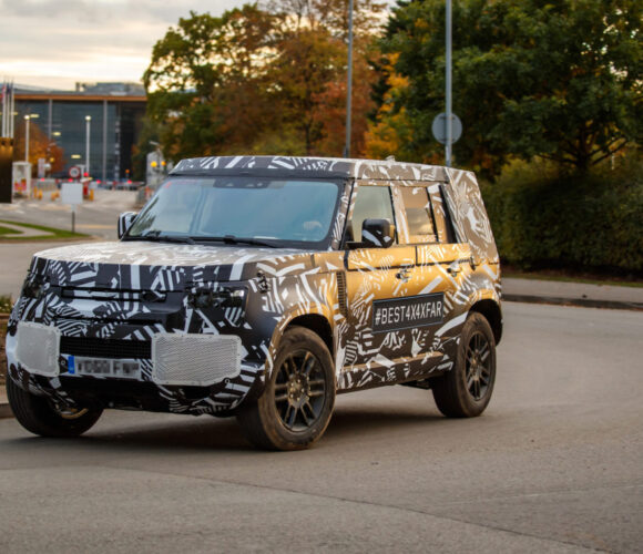 """""""Se nu"""" Land Rover Defender kommt 2020 und: hat Ecken und Kanten!"""